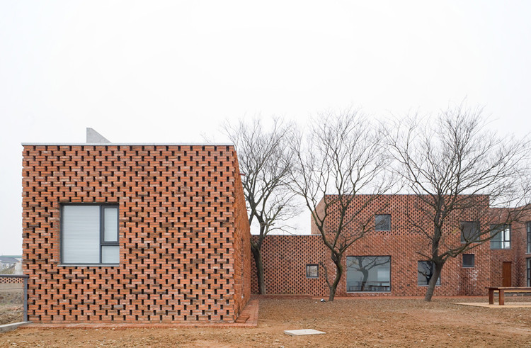 诗人住宅 / AZL architects, © Iwan Baan