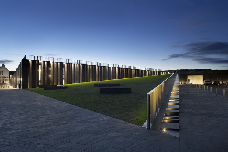 Giants Causeway Visitor Centre / Heneghan & Peng Architects, ? Hufton+Crow