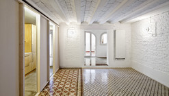 Apartment Restoration in Barcelona / Vora arquitectura