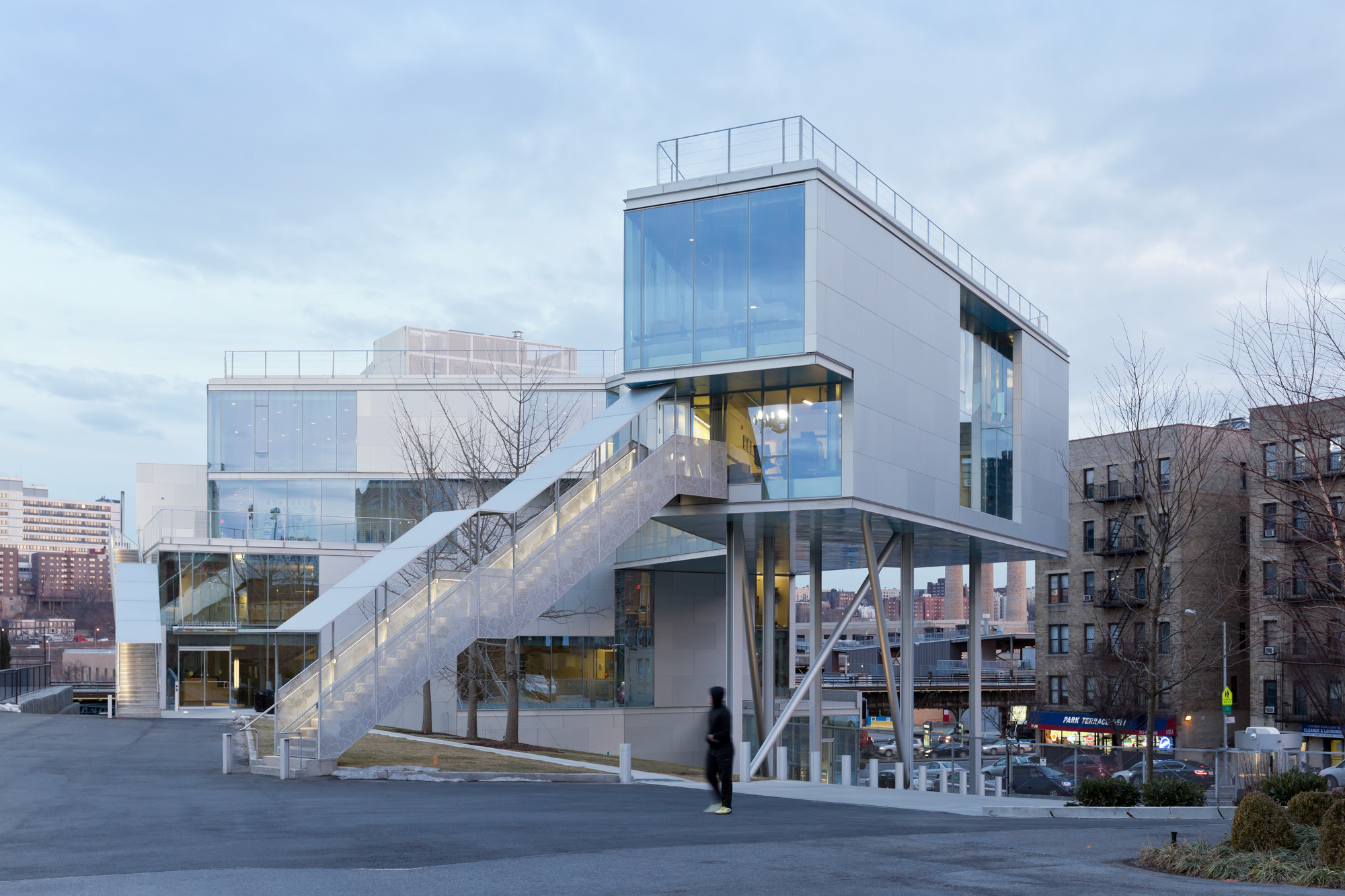 Campbell 体育中心 / Steven Holl Architects, © Iwan Baan