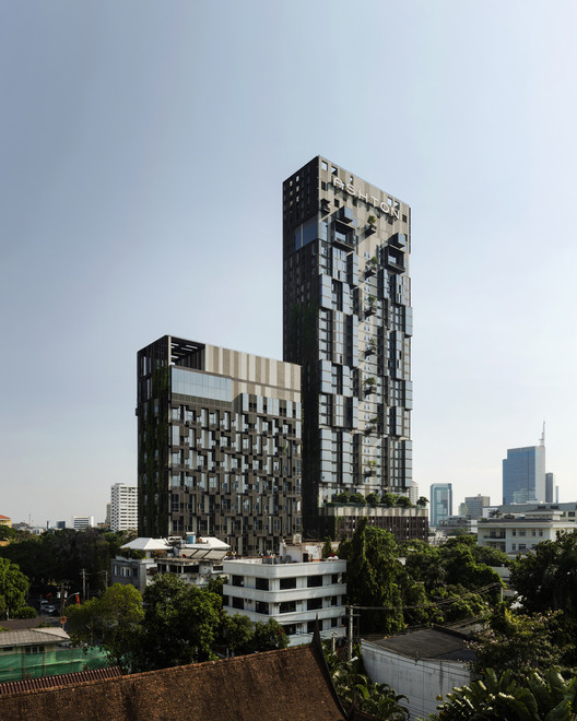 泰国 ,曼谷,IDEO Morph 38公寓楼 / Somdoon Architects, © W Workspace