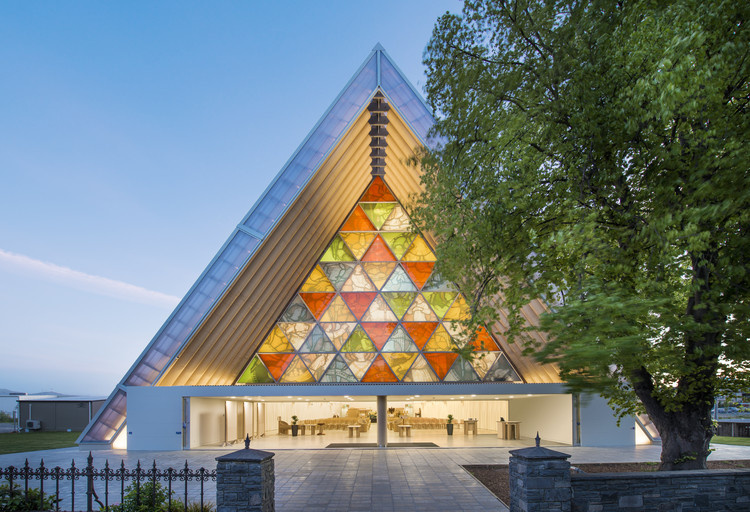 坂茂應急建筑合集,走近人道主義建筑師, Cardboard Cathedral. Image ? Stephen Goodenough