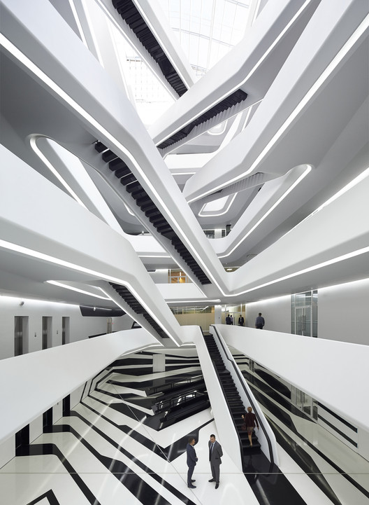 Dominion 办公楼 / Zaha Hadid Architects, © Hufton+Crow