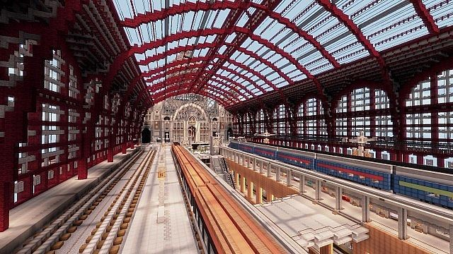 Estación Central de Antwerp. Image via LanguageCraft