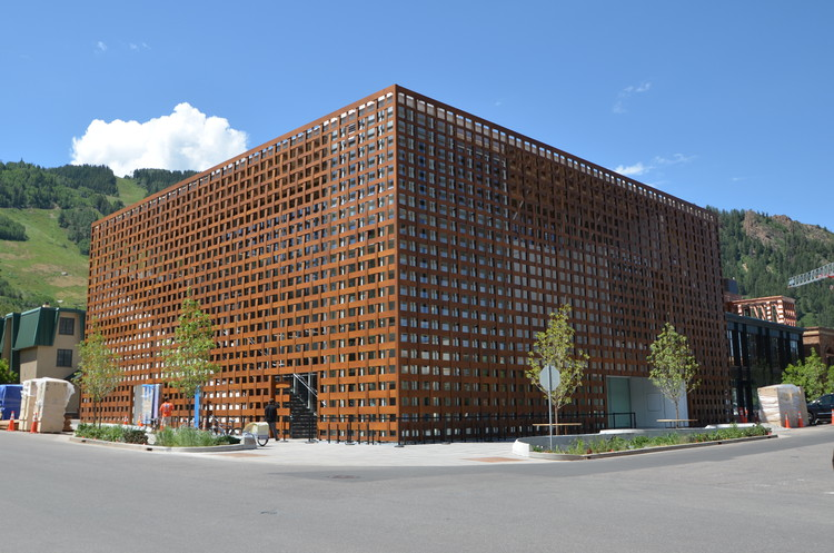 Aspen 艺术博物馆; Aspen, 科罗拉多州 / Shigeru Ban Architects 图片 © Greg Kingsley, KL&A Inc.