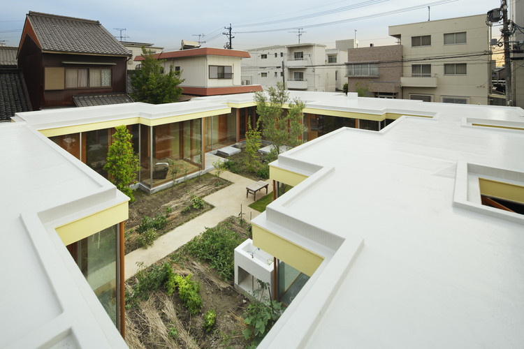 名古屋庭院式住宅 / takeshi hosaka architects