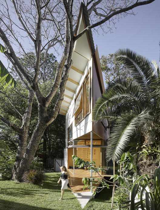 树屋 Taringa Treehouse / Phorm architecture + design, © Christopher Frederick Jones