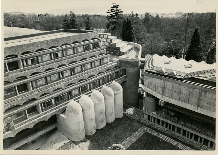 St. Peters College, Cardcross (exterior), 1958-1966. Image courtesy of The Glasgow School of Art Archives and Collections. Image Courtesy of Getty Foundation