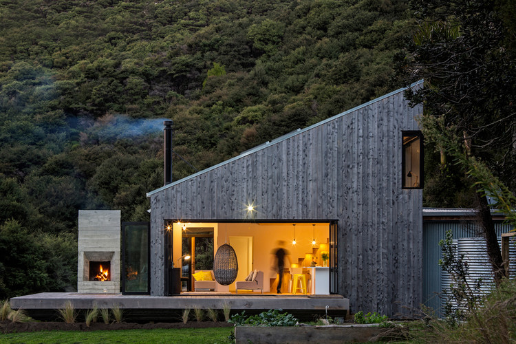 打开窗,坐拥整座山 Back Country House / LTD Architectural Design Studio, © Jo Smith