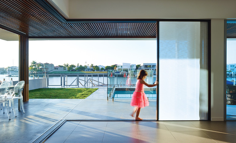 Integrated Folding Doors. Image Courtesy of Centor