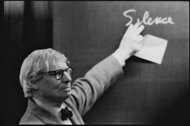 福利!四个 MIT 的建筑课程可以在线观看!(内含视频课程), Louis I. Kahn during the lecture at the ETH Zurich. Photographs by Peter Wenger. Image © Archives de la construction moderne – Acm, EPF Lausanne