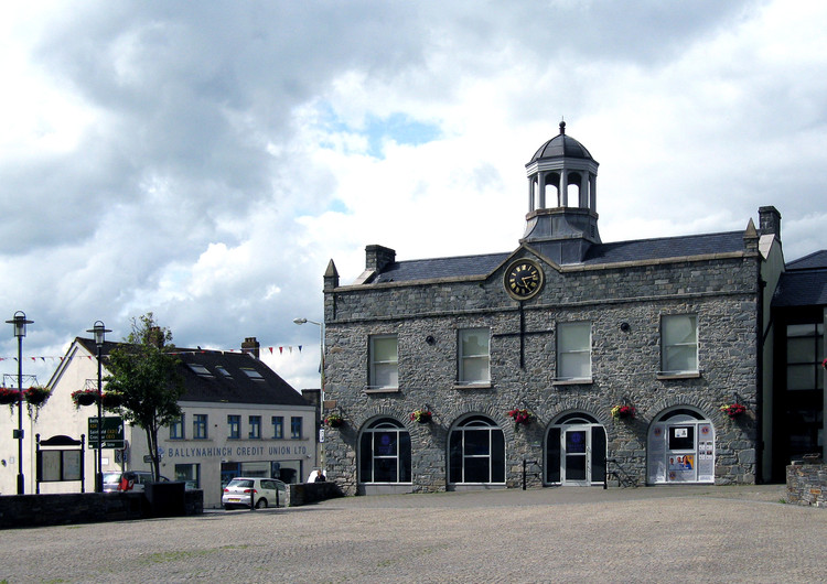 "2018威尼斯建筑双年展爱尔兰馆主题:自由市场, Ballynahinch Market House in County Down, Northern Ireland. © <a href=""https://commons.wikimedia.org/wiki/File:Ballynahinch_Market_House_-_geograph.jpg"">Neil Clifton</a> licensed under <a href=""https://creativecommons.org/licenses/by-sa/2.0/"">CC BY 2.0</a>. Image Courtesy of Neil Clifton"