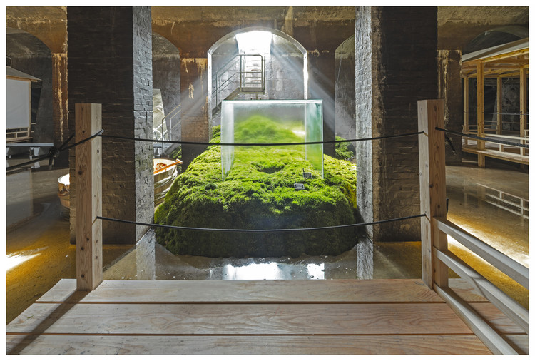 继霍尔之后,日本建筑师三分一博志获2018年日光奖!, The Water - Installation in the Cisterns of Frederiksberg. Image © Jens Markus Lindhe