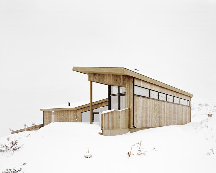 挪威L形雪地小屋 / Helen & Hard architects, © Rasmus Norlander