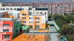 2  kindergarten and surrounding daily building environment