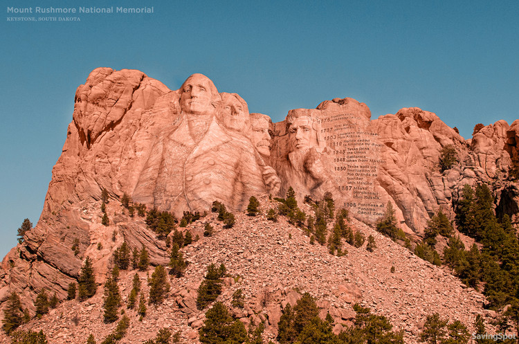 五座未能建成的美国纪念碑, Mount Rushmore National Memorial -Keystone, South Dakota. Image © CashNetUSA via NeoMam Studios
