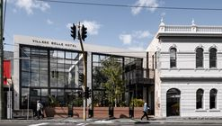 Village Belle 酒店,定制 200平米可控玻璃屋顶 /  Techne Architecture + Interior Design + TILT Industrial Design