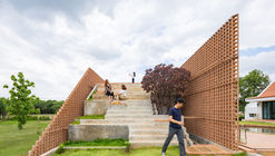 丘陵小屋 / Site-Specific: Architecture & Research (SS:AR)