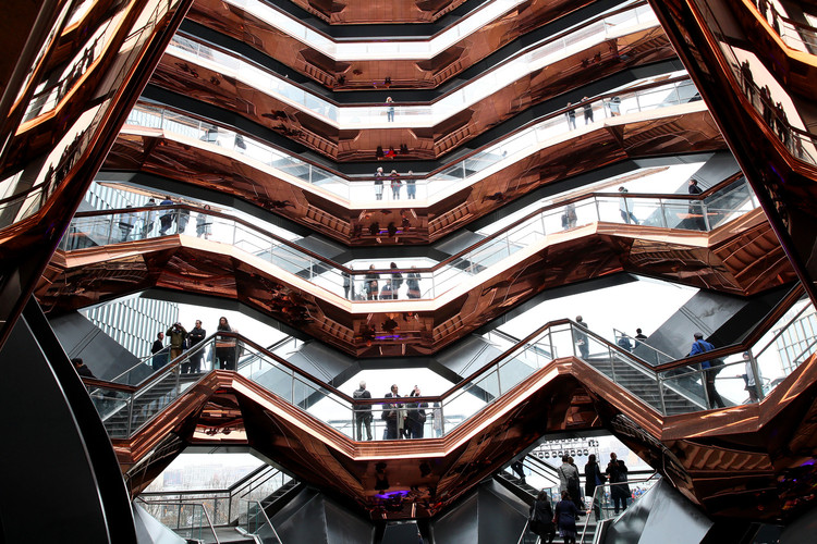 Heatherwick x MAD 对谈,创新是什么?, Vessel Public Landmark - Heatherwick Studio. Image Courtesy of Getty Images