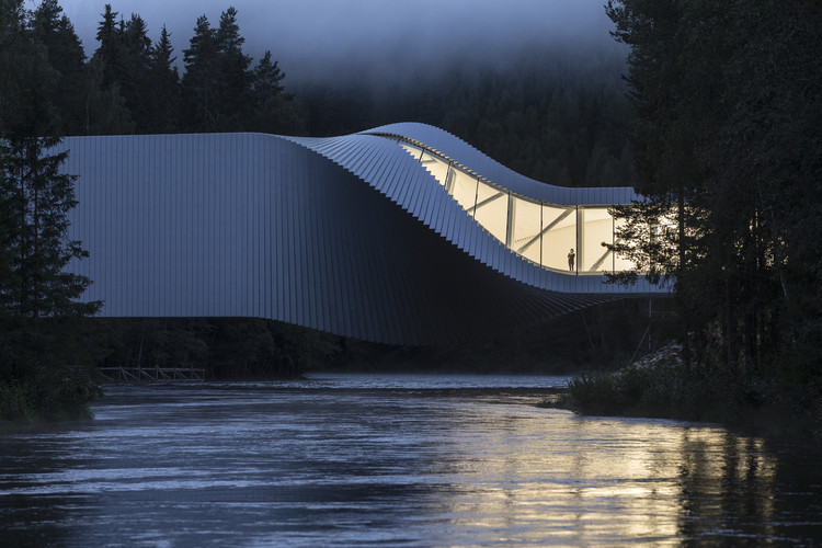2019WAF 建筑摄影奖总冠军:Laurian Ghinitoiu, APA 2019 overall winning photo of The Twist Museum, Kistefos Sculpture Park, Jevnaker, Norway by BIG. Image © Laurian Ghinitoiu