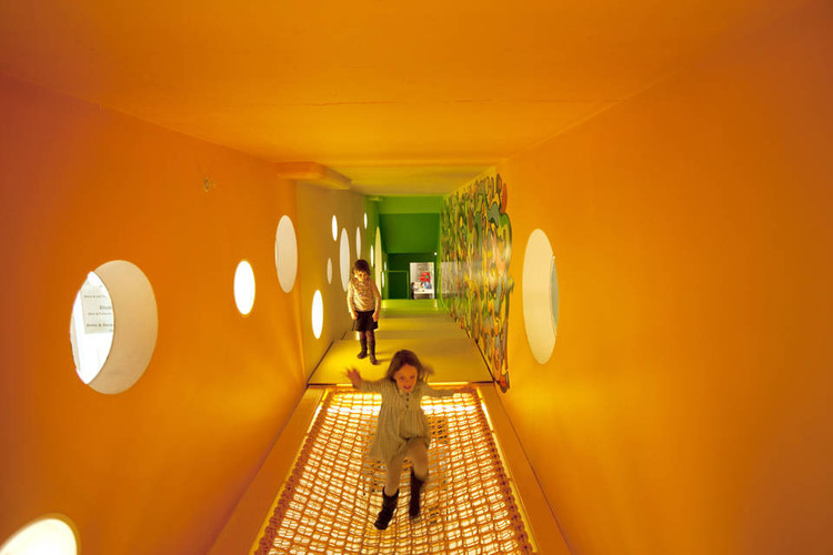 色彩是如何影响建筑设计的?, Childrens Museum of the Arts / WORKac. Image © Ari Marcopoulos