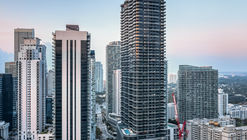 迈阿密中心公寓 Brickell Flatiron / Revuelta Architecture International
