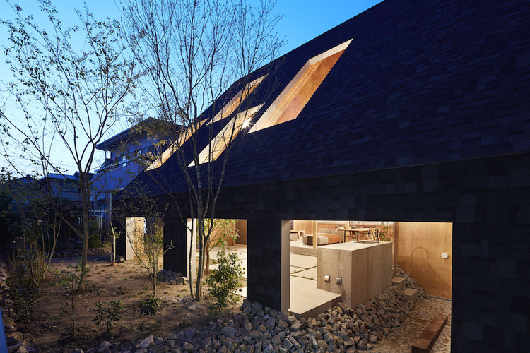 安城住宅 / Suppose Design Office, © Toshiyuki Yano