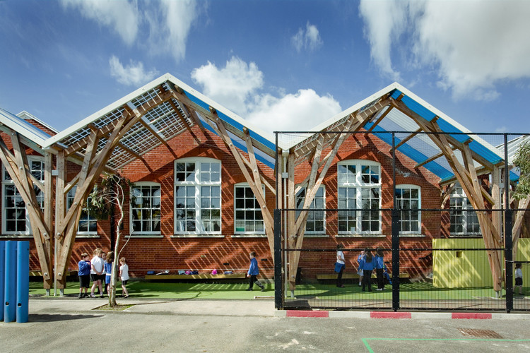 如何在建筑设计中减少碳排放?, Westborough Primary School / Cottrell & Vermeulen Architecture Ltd.. Image © Anthony Coleman