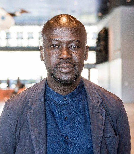 2021年RIBA皇家金奖得主:戴维·阿德贾耶爵士, David Adjaye. Image © Alex Fradkin, courtesy of RIBA